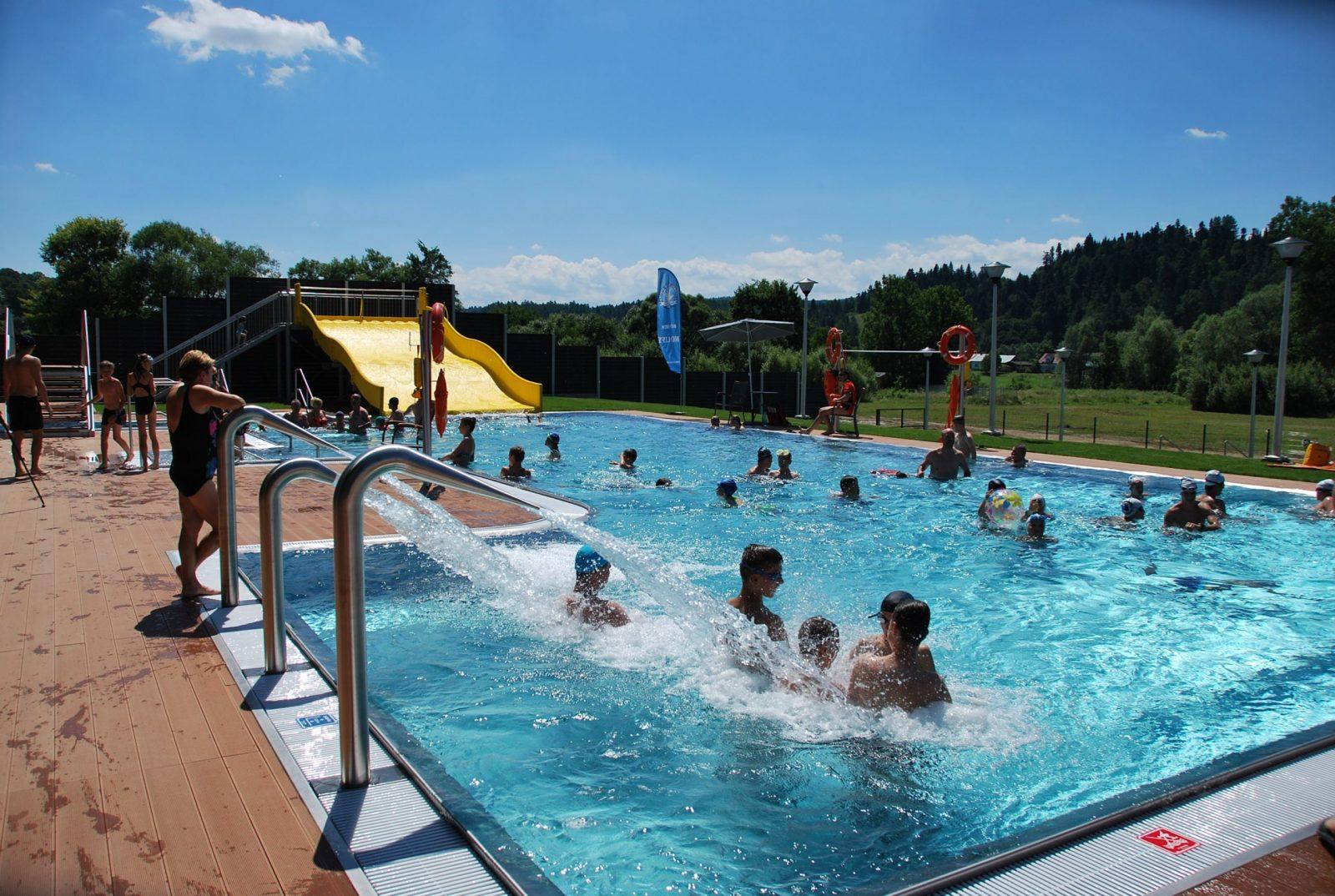 basen-w-lesku