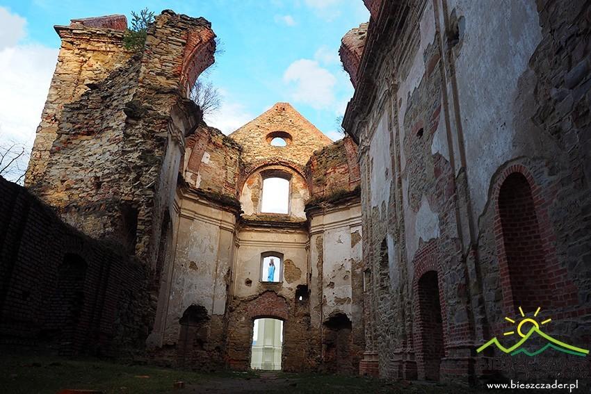 ruiny-klasztoru
